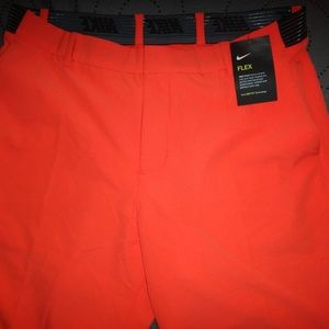 NIKE GOLF  FLEX SHORTS SIZE 34 MEN NWT $90.00
